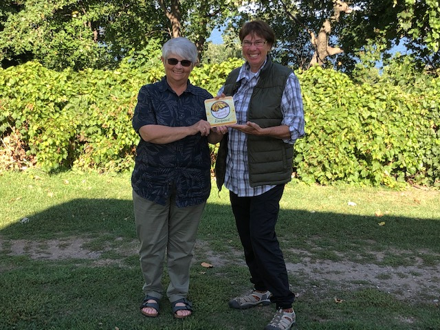 Beth Stormont and Sandra Root Monarch Award 2020